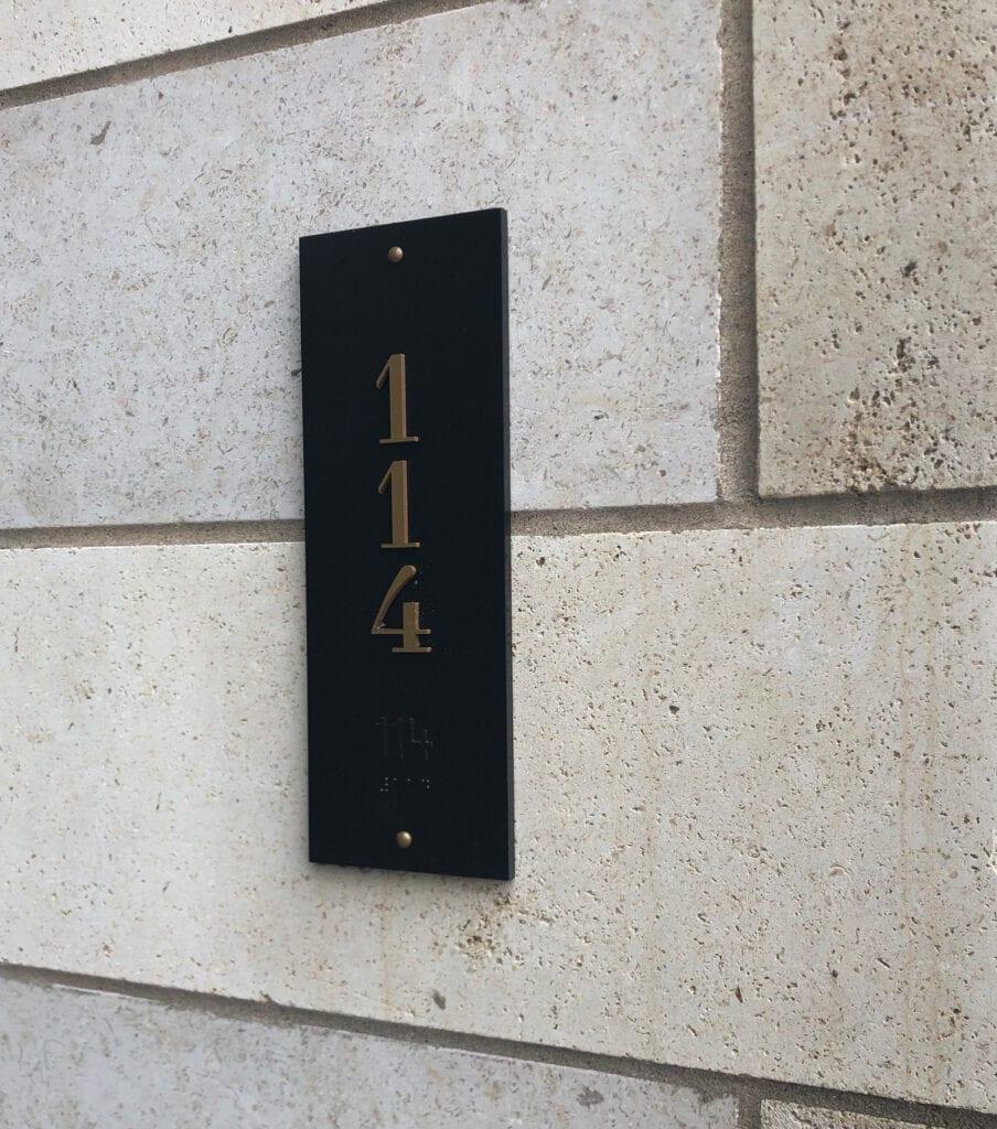 Elan-Exterior-Suite-Sign
